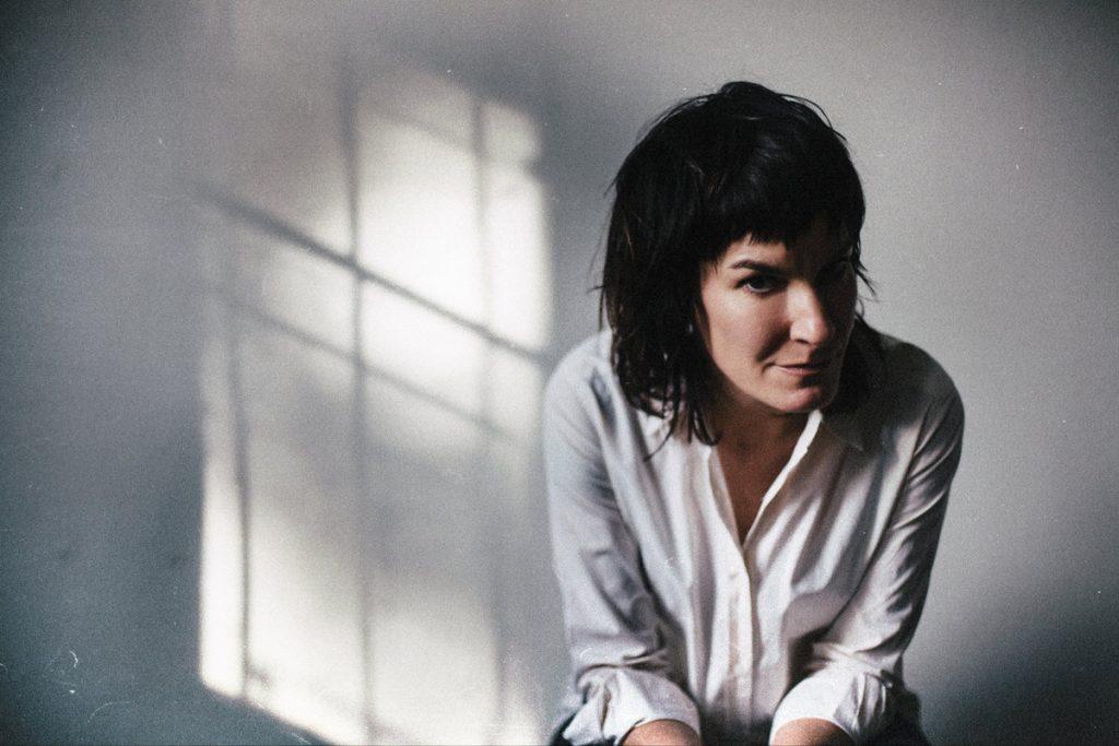 Jen Cloher portrait